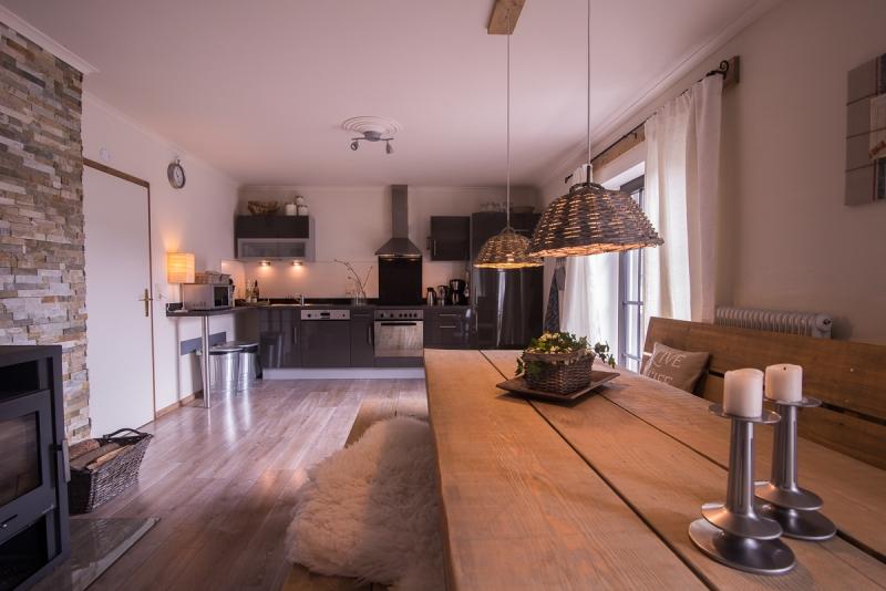 Loegang oostenrijk vakantiewoning - Eetkamer keuken ...